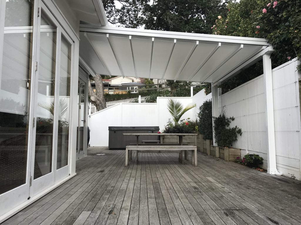 Retractable Pergola Shade Sail Combo